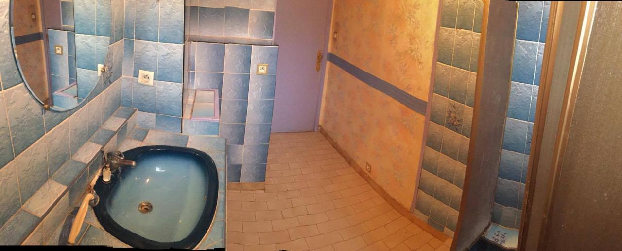 Salle d eau moderne nuances de vert pour habiller nos - Salle d eau moderne ...