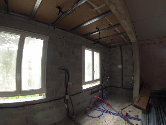 Chantier PENDANT , Plomberie , electricité, isolation , faux plafond