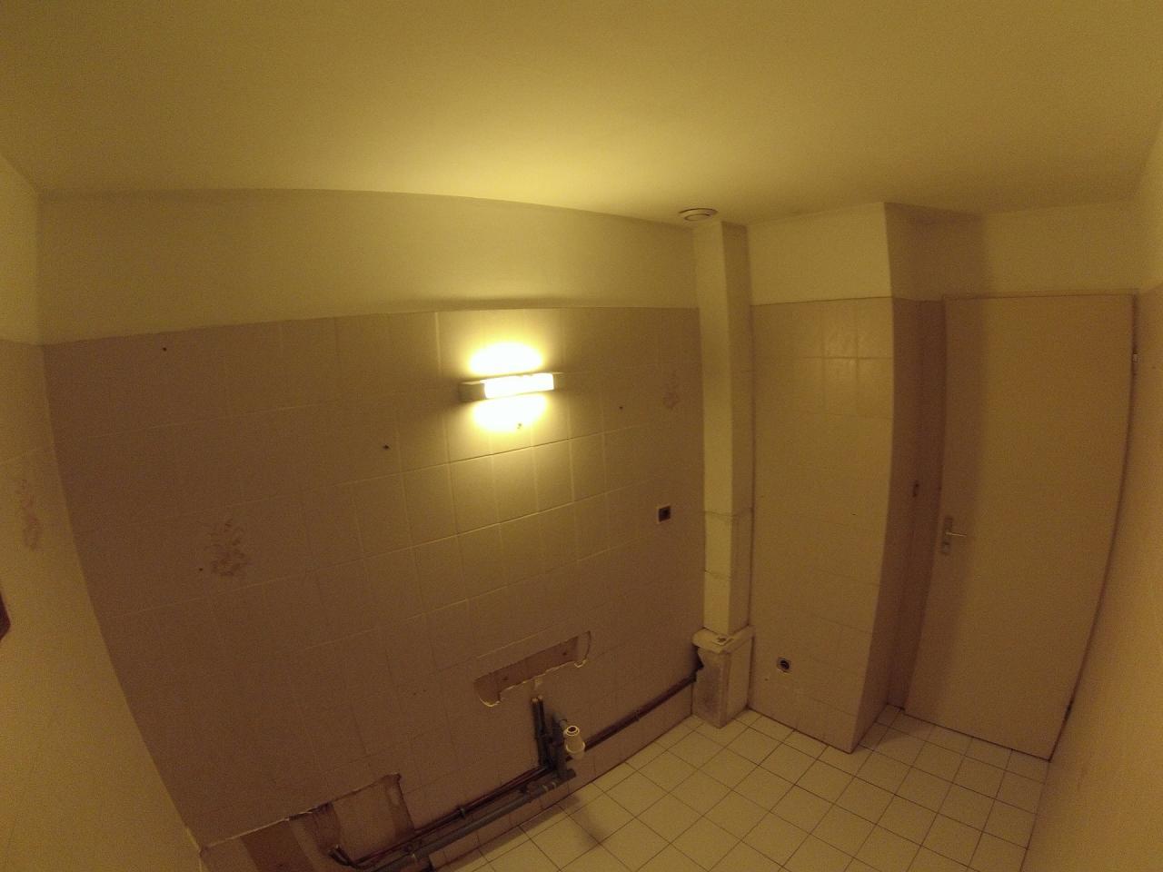 23 salle de bain en noir et blanc moderne. Black Bedroom Furniture Sets. Home Design Ideas