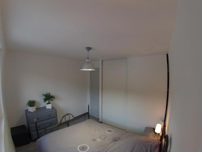 Chantier de rénovation d'une chambre avec espace dressing APRES