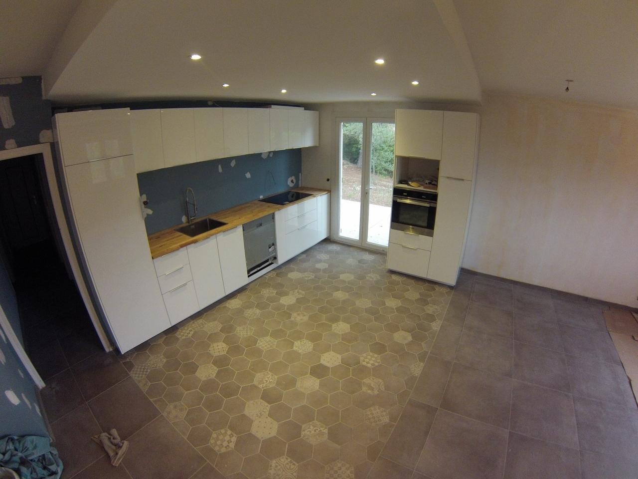 Faux Plafond Cuisine Ilot 24. espace cuisine ouvert dans grande pièce a vivre